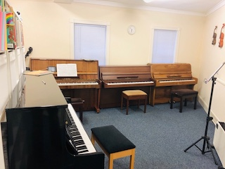 Music piano groups for children. Southampton Arts Academy